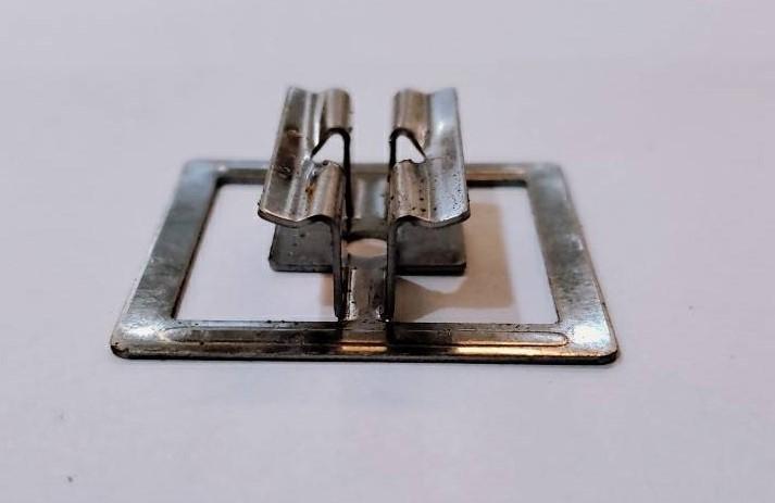 白鐵蝴蝶扣件-面板2
