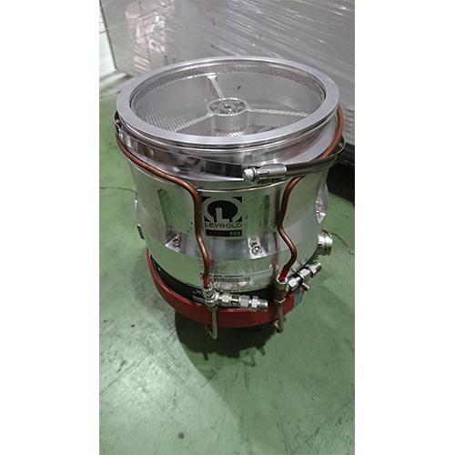 LEYBOLD MAG900 Pump