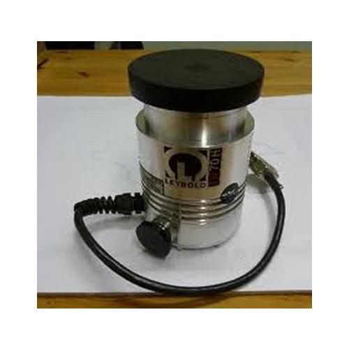 LEYBOLD TW70H Pump