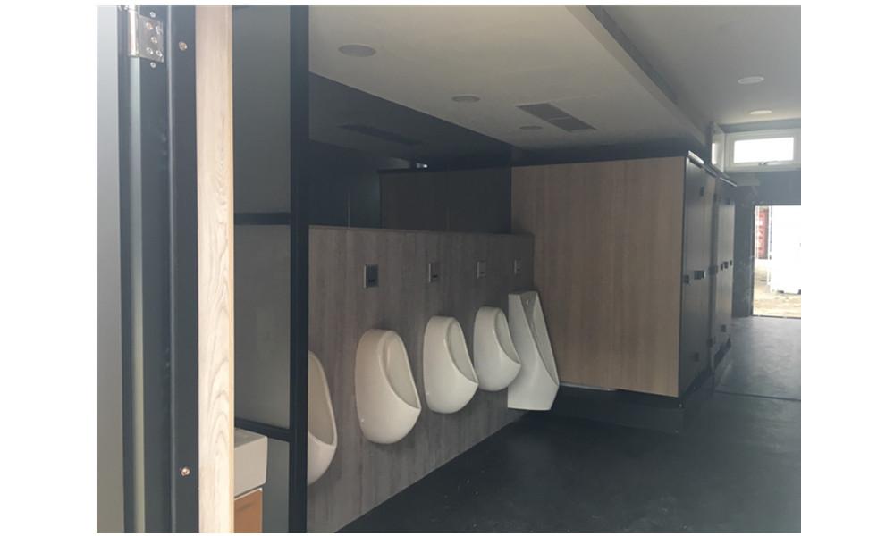 廁-世大運及貨櫃市集