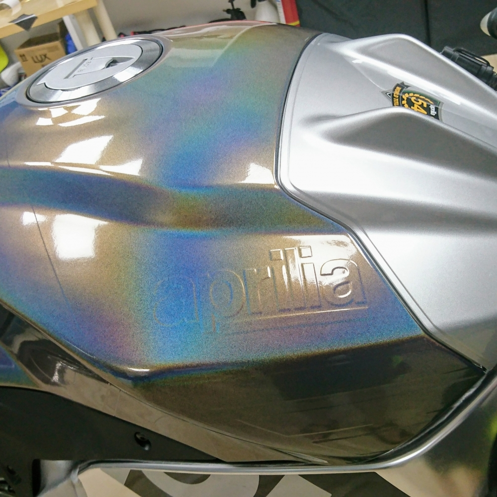 RSV4 RF(全車改色)