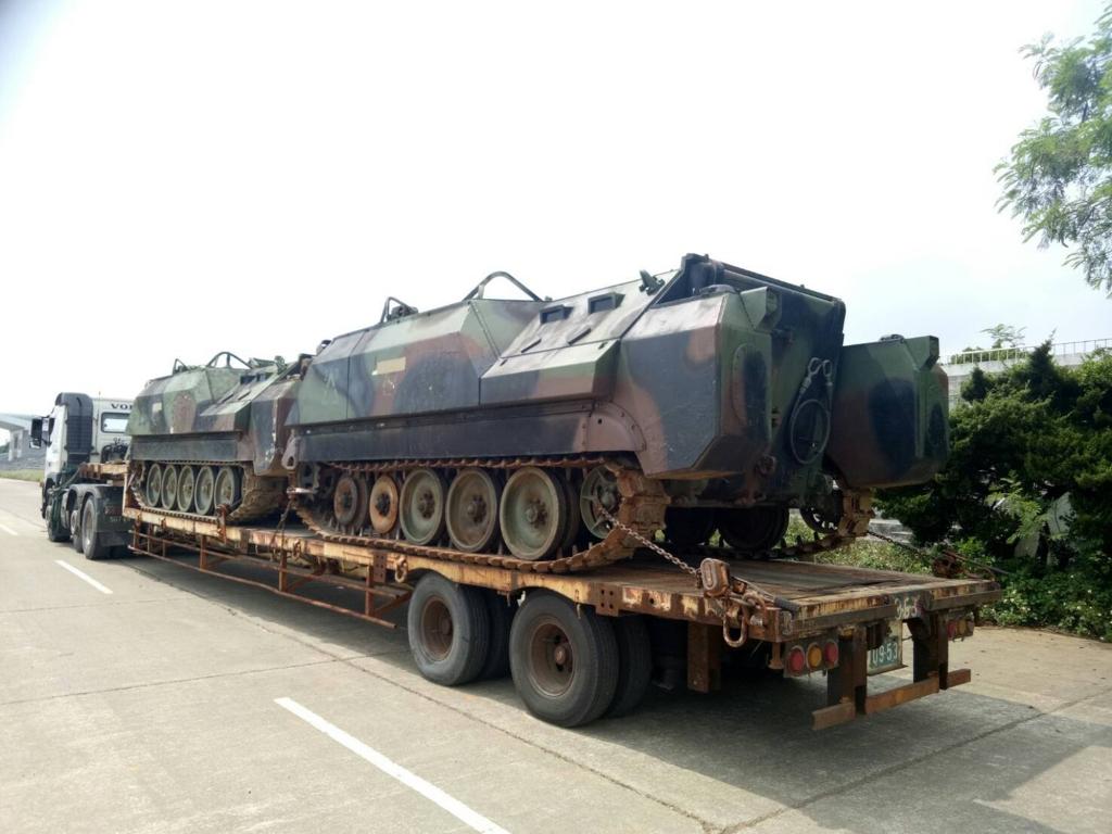 3_28裝甲運兵車搬運