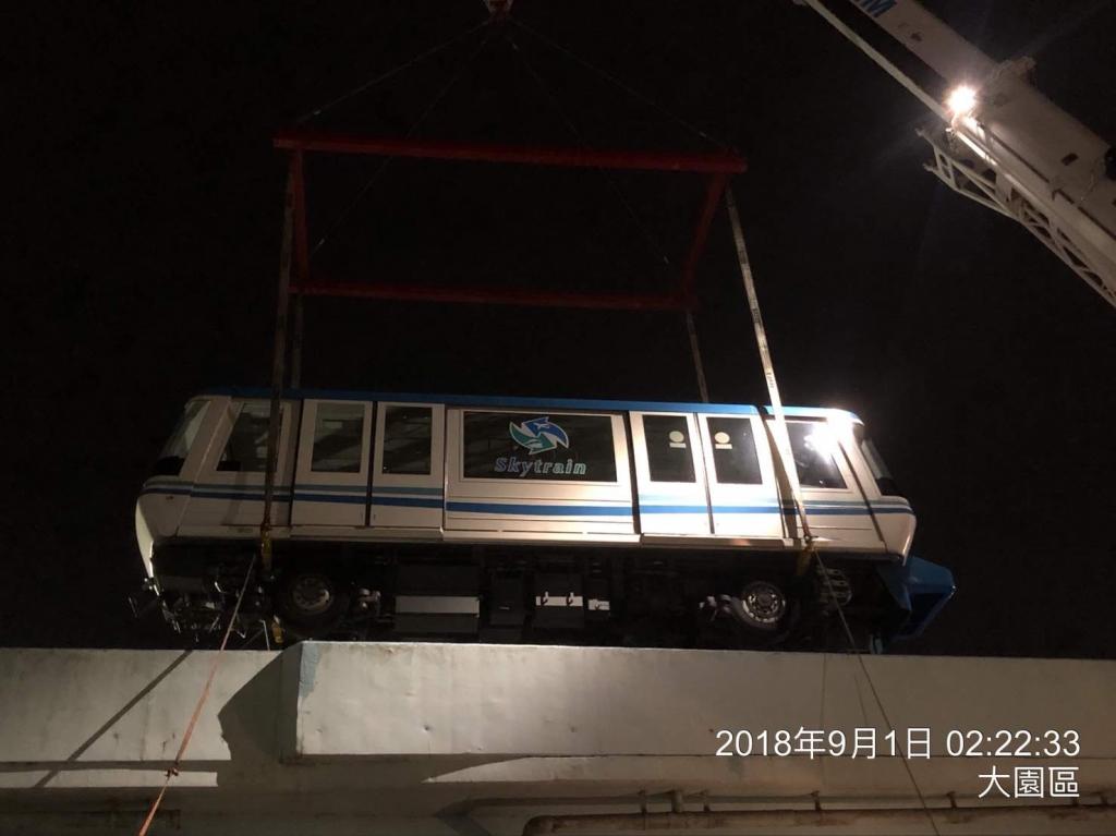 機場捷運車廂裝車夜運卸車定位
