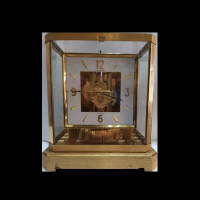 積架古董鐘