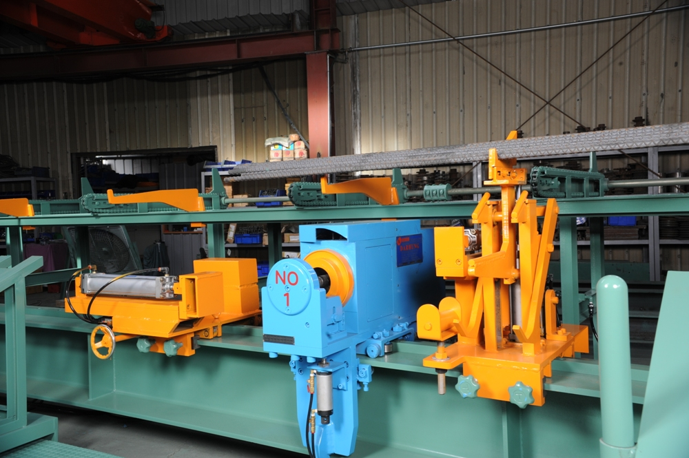 DT-BD2-10A Rebar Bending Machine with   Automated